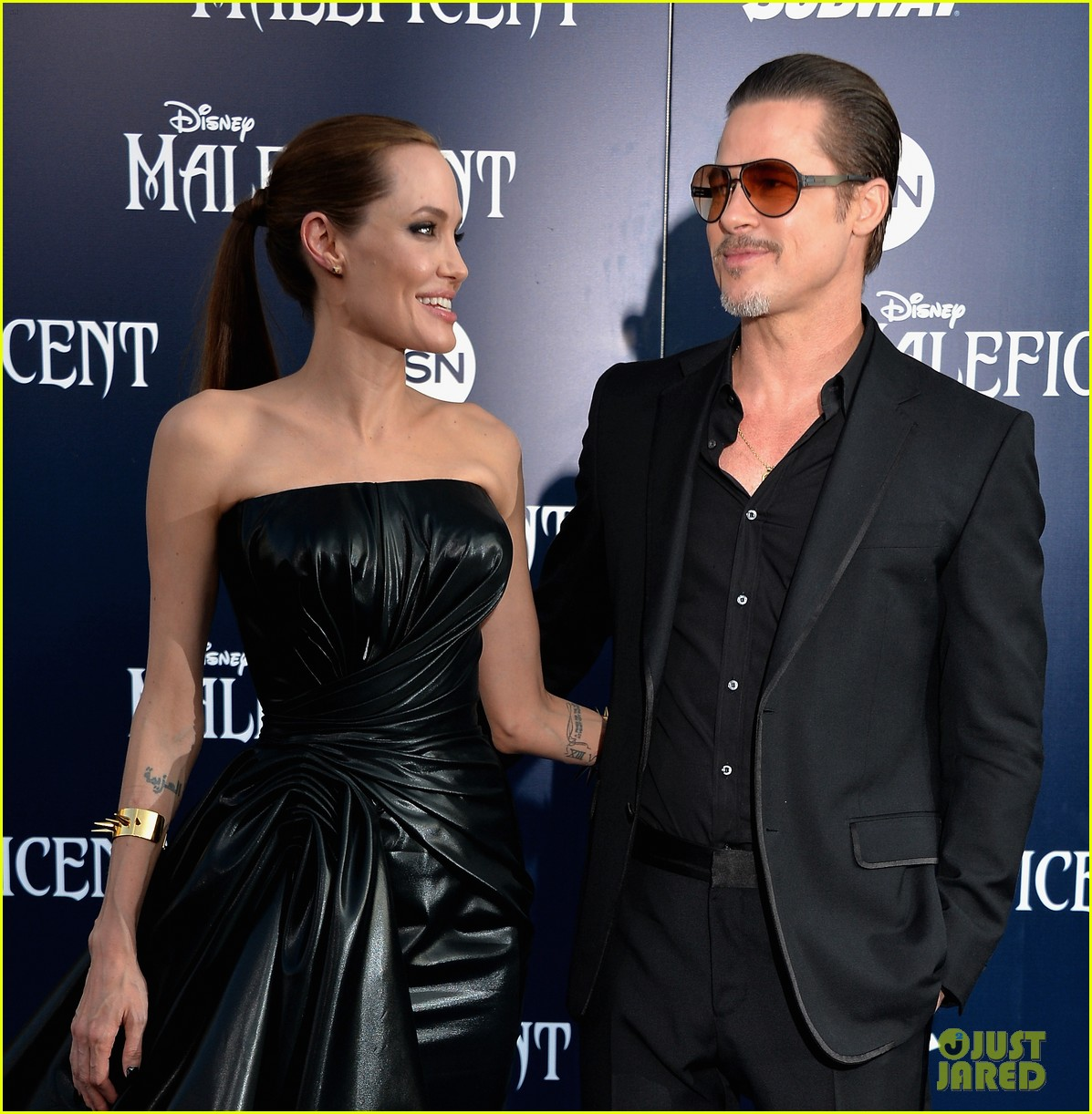 maddox jolie pitt looks so dapper in his suit at maleficent premiere 193123922