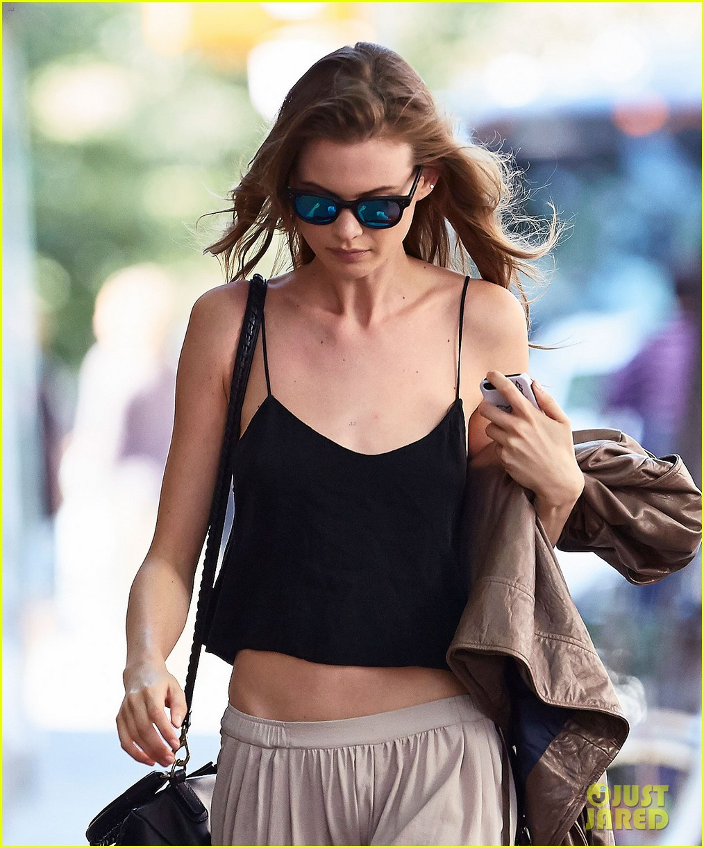 behati prinsloo new reports about her wedding 013124416