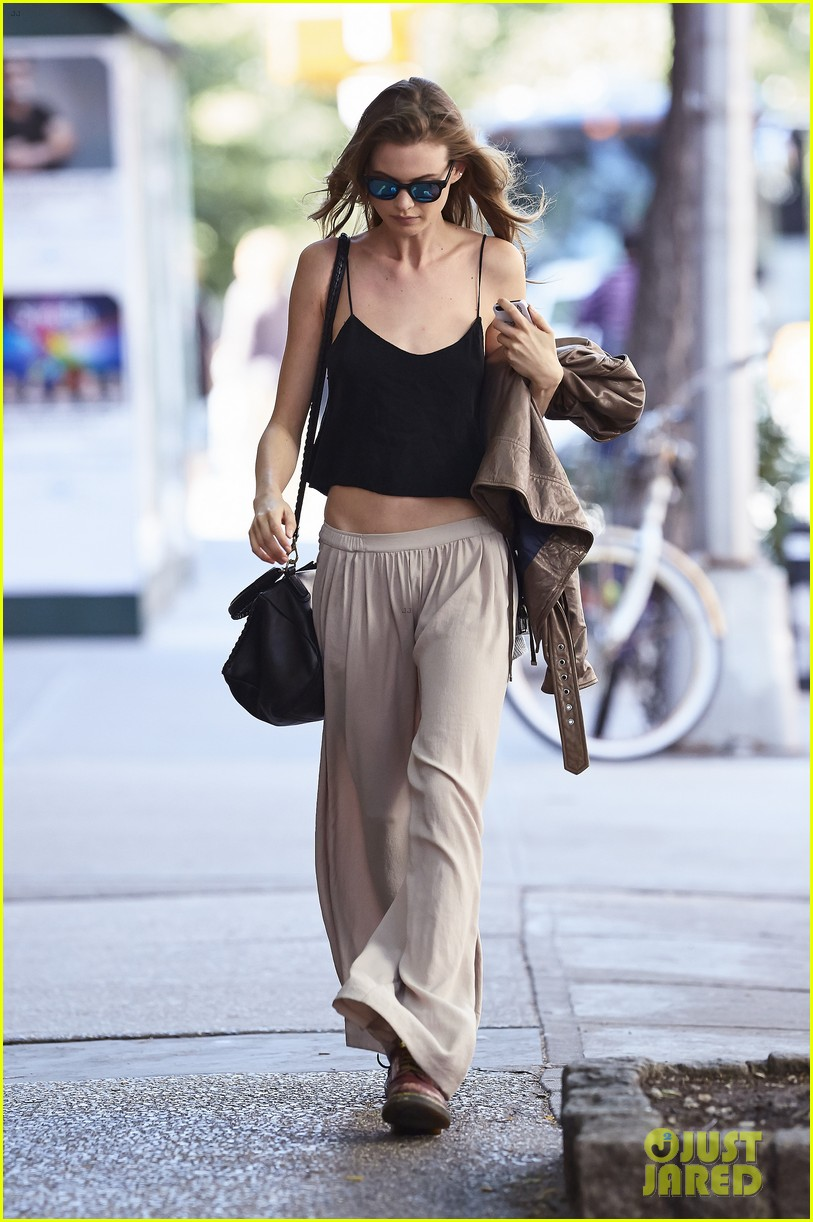 behati prinsloo new reports about her wedding 043124419