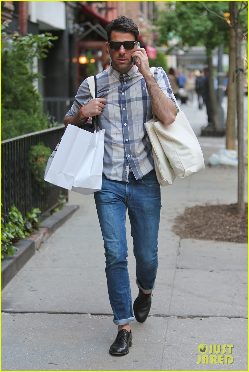 zachary quinto steps out after sharing sexy shirtless selfie 083119520