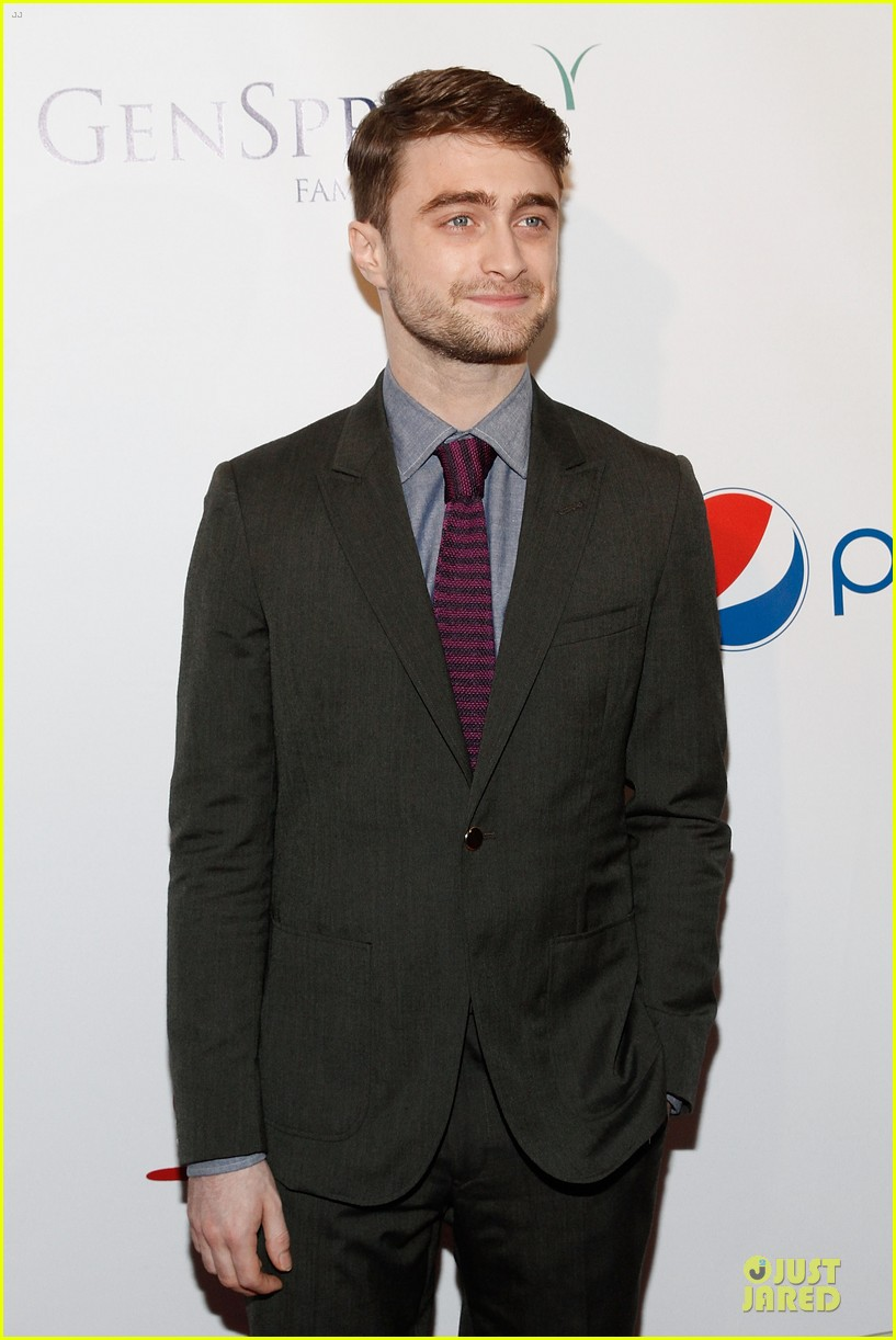 daniel radcliffe neil patrick harris suit tie drama league awards 063115186