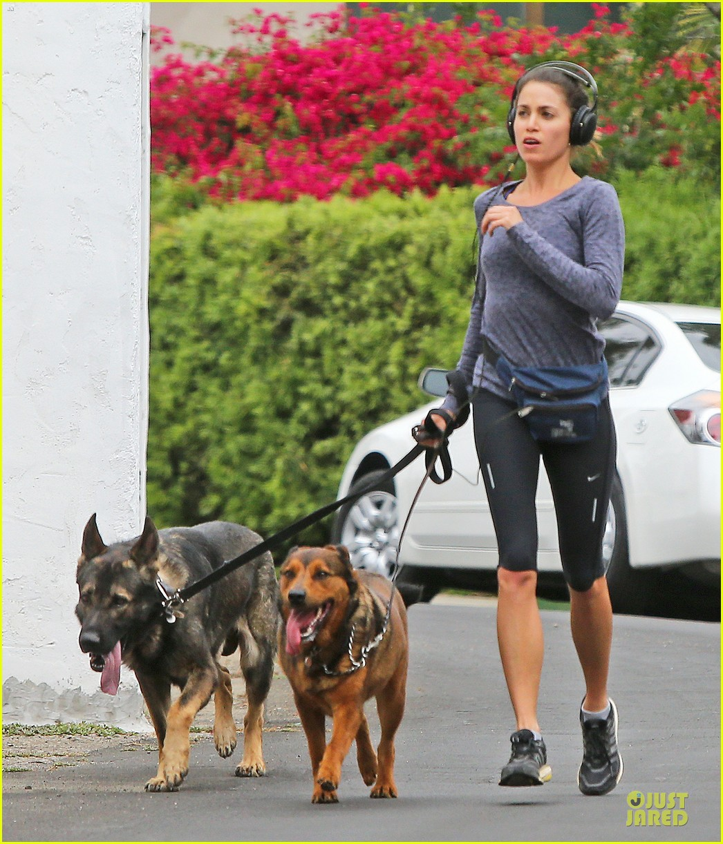 nikki reed fanny packs look cool 053120562