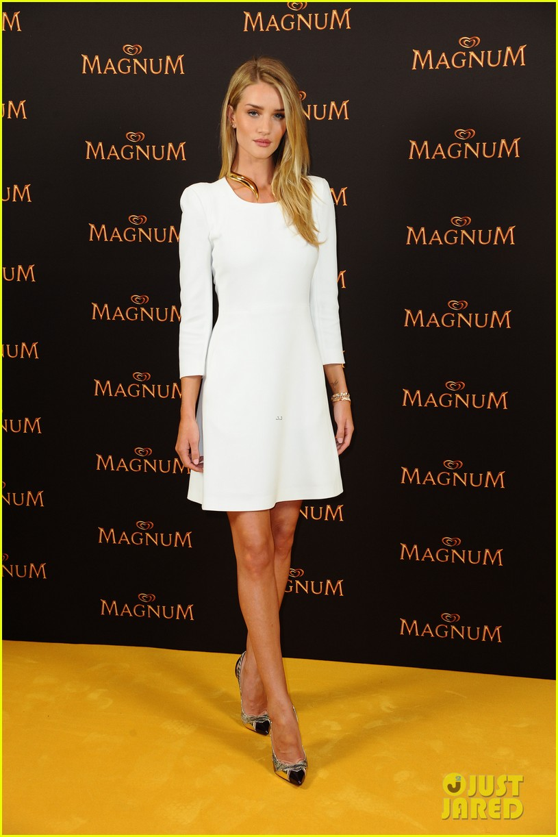 rosie huntington whiteley debuts new magnum short film 013117390