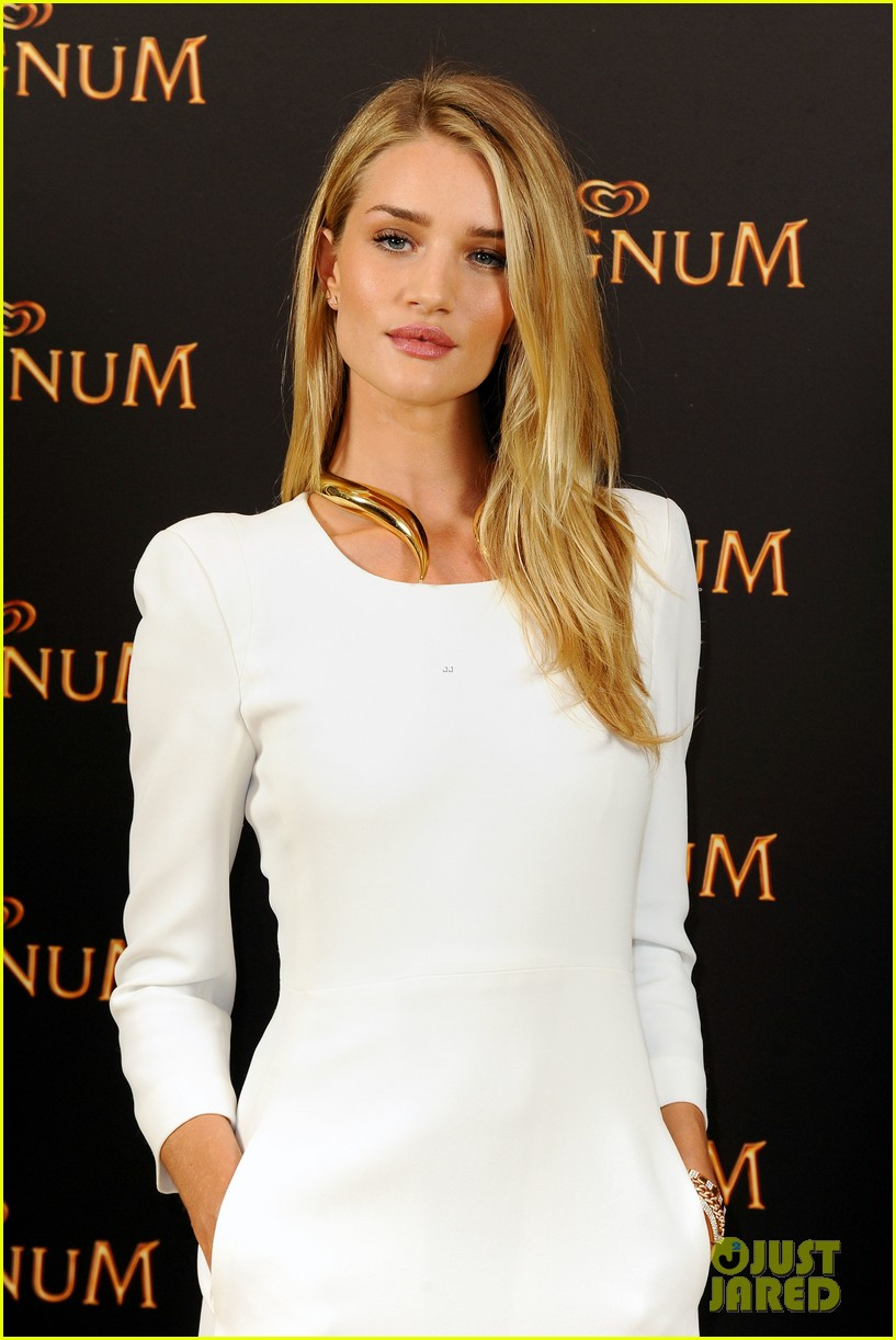 rosie huntington whiteley debuts new magnum short film 133117402
