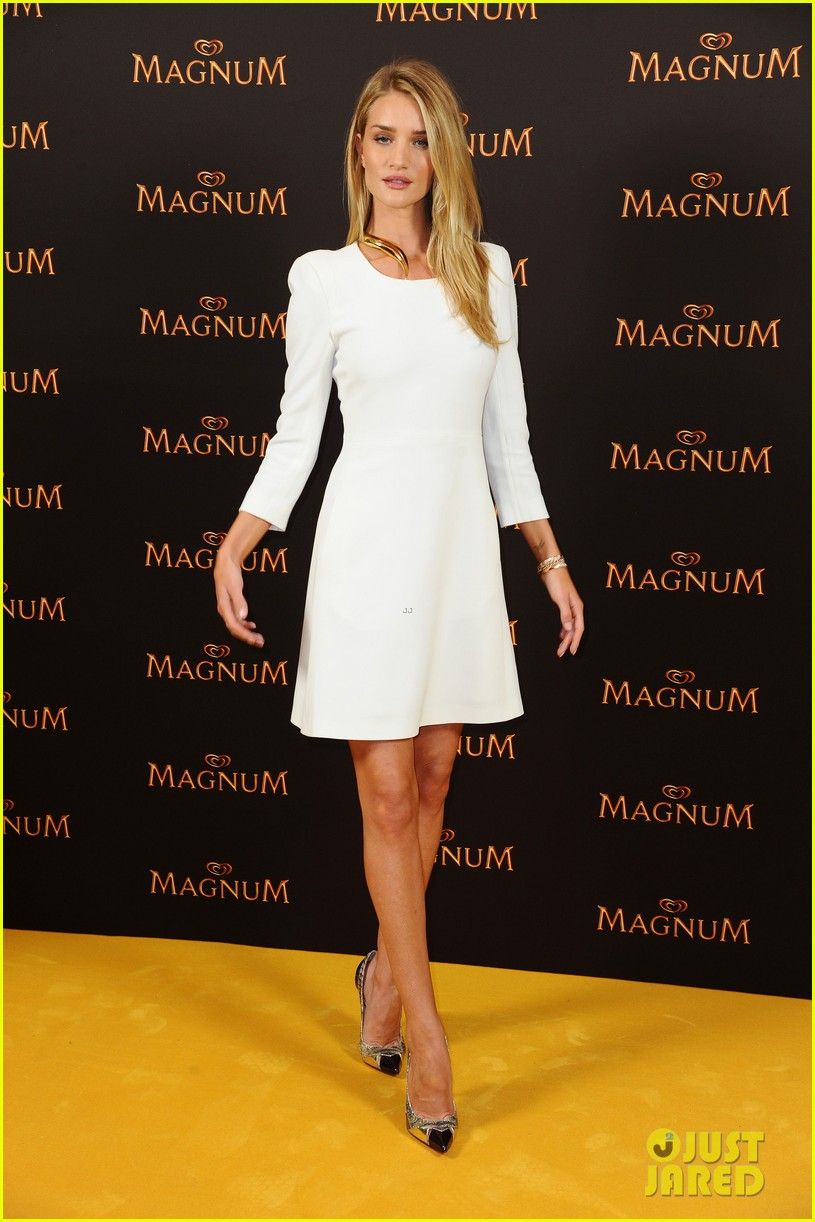 rosie huntington whiteley debuts new magnum short film 143117403
