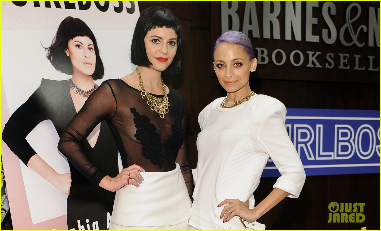 nicole richie wears all white for girlboss signing 023112585