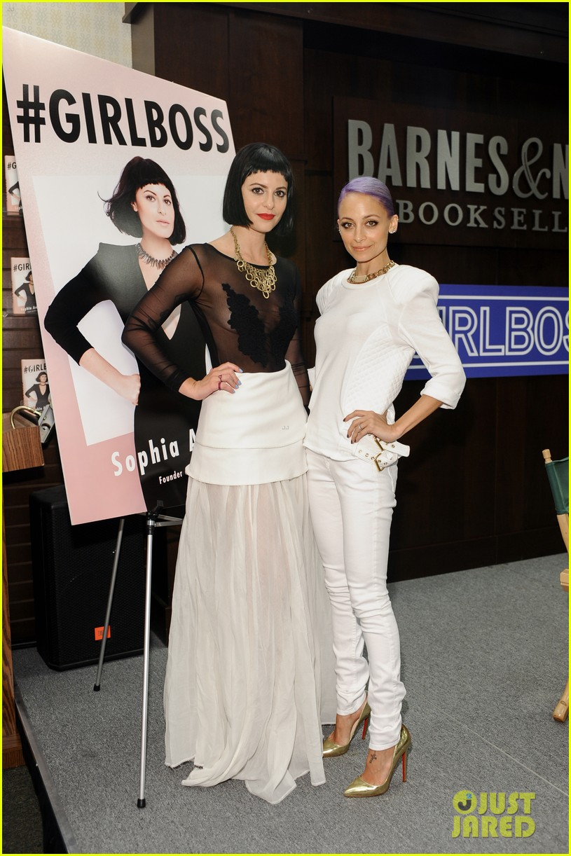 nicole richie wears all white for girlboss signing 043112587