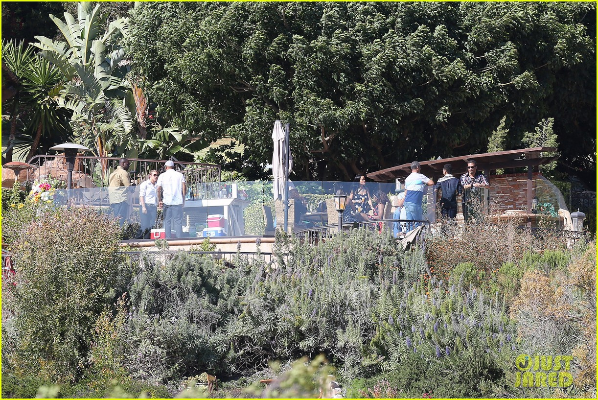 rihanna spends mothers day with family at malibu mansion 233111592