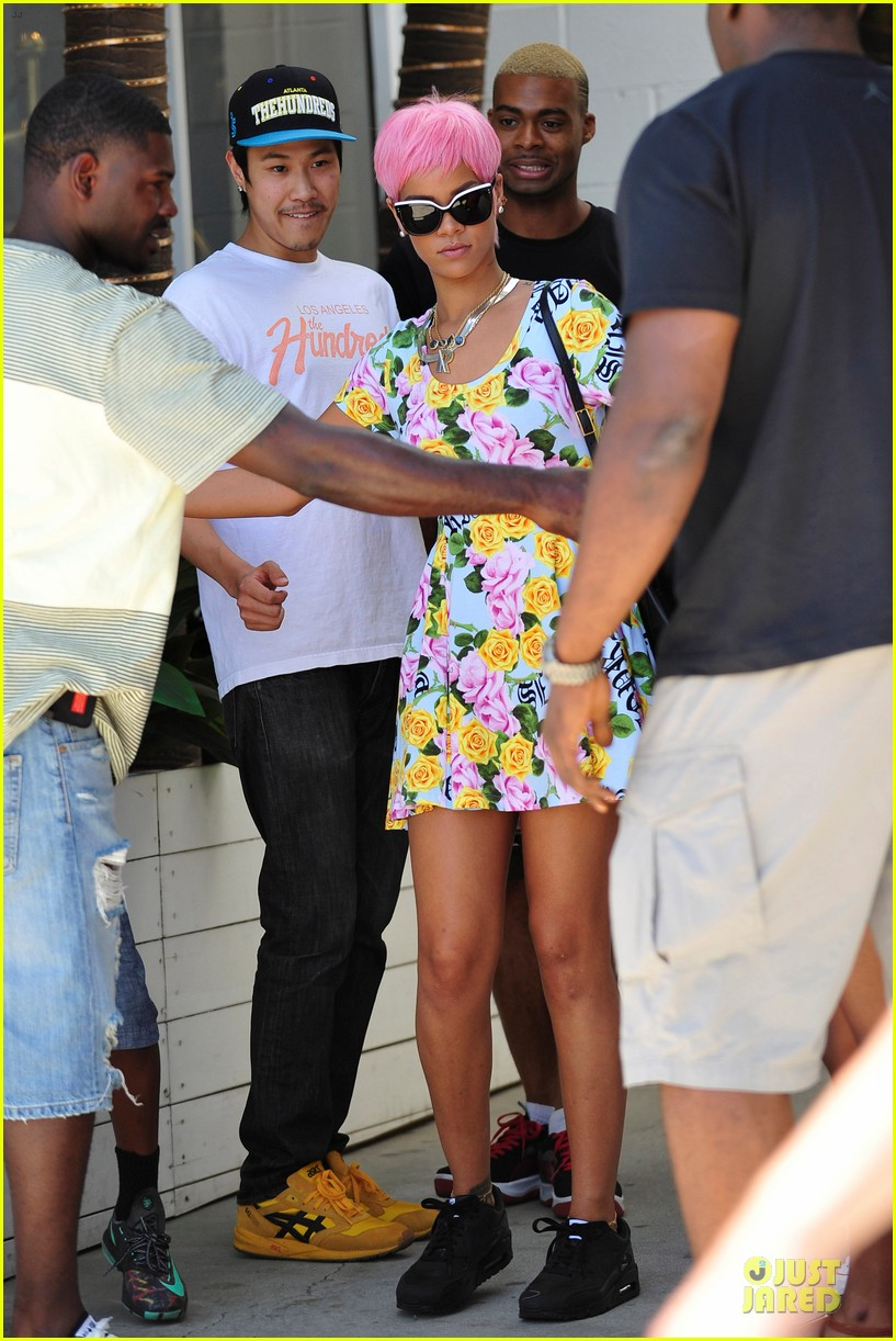 rihanna thinks summer needs to slow down a little in la 053115240