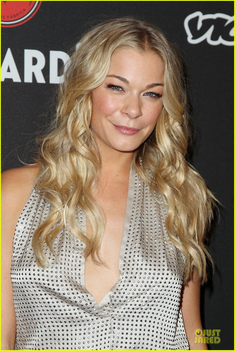 leann rimes eddie cibrian untameable couple in nyc 123118556