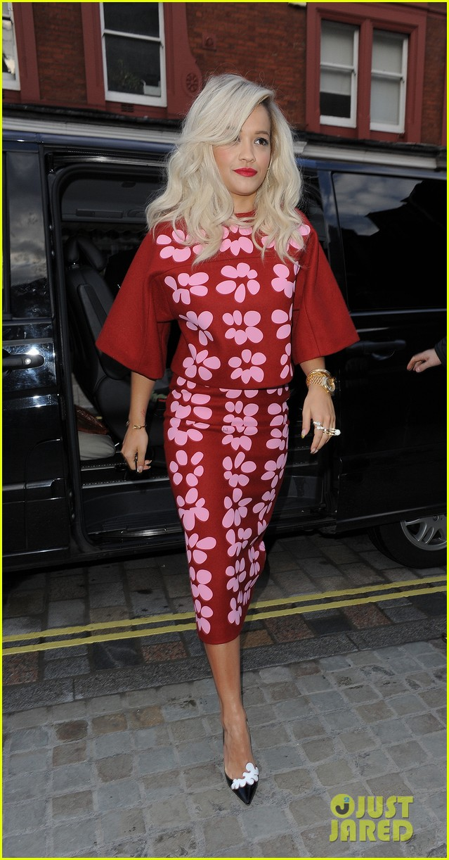 rita ora celebrates no 1 single topless 243112916