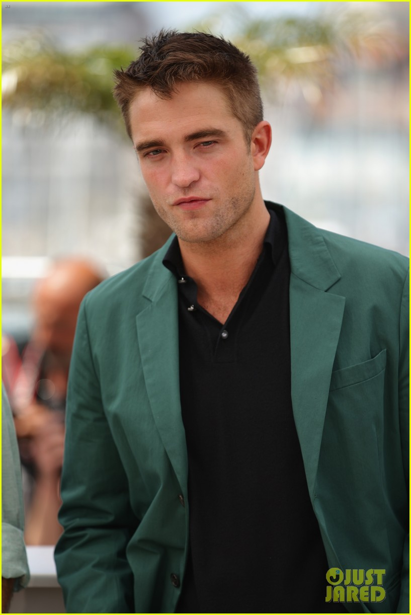 robert pattinson the rover photo call cannes 063116173