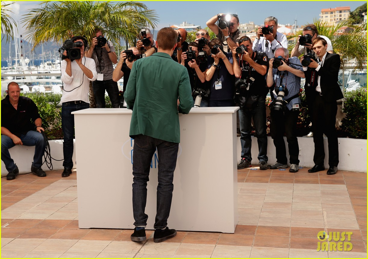 robert pattinson the rover photo call cannes 193116186