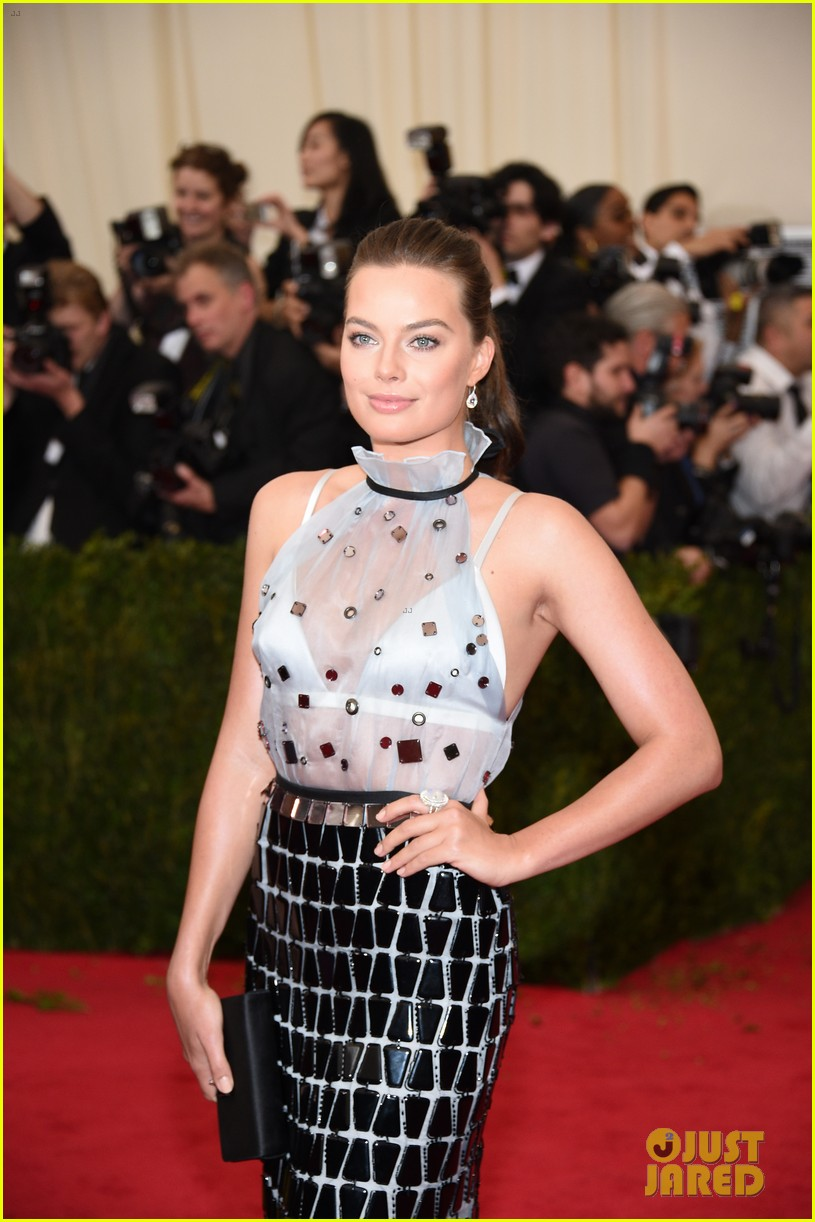 margot robbie met ball 2014 073106387