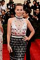 margot robbie met ball 2014 08