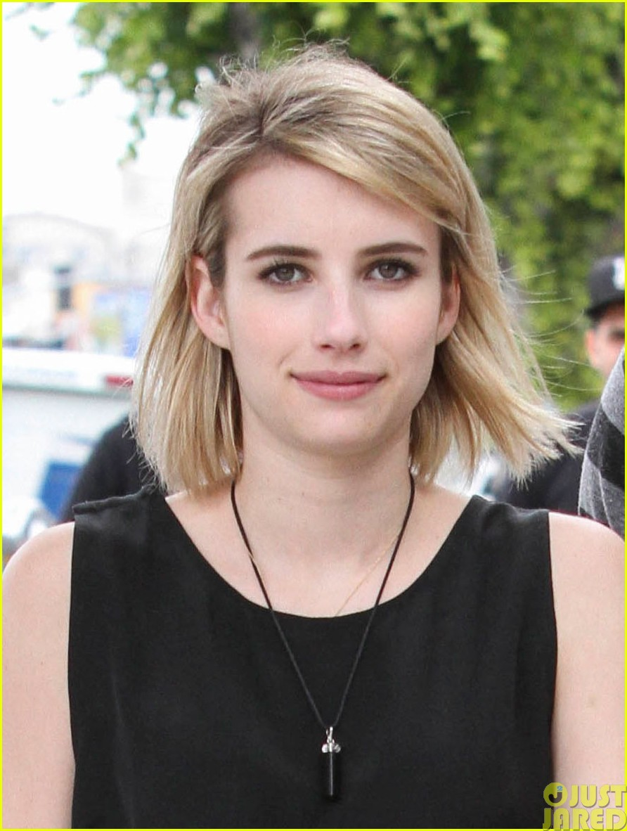 emma roberts evan peters spf sunscreen summer013122059