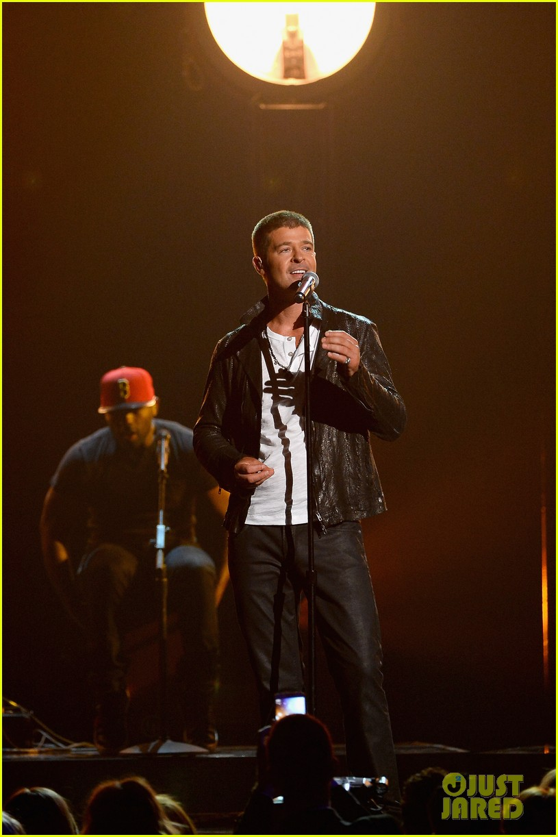 robin thicke get her back billboard music awards 2014 023116966