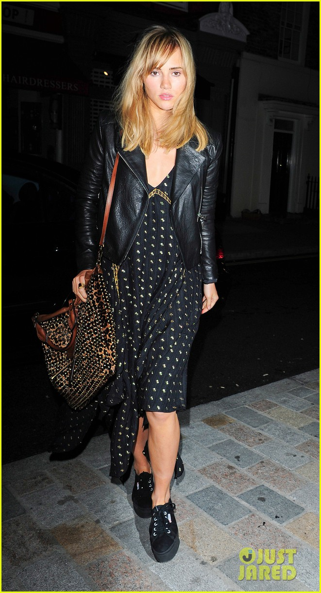 rosie huntington whiteley suki waterhouse chiltern firehouse 03