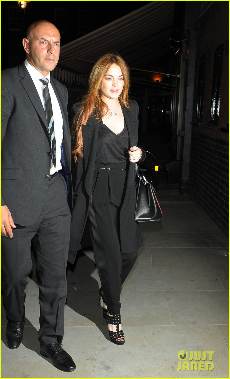 rosie huntington whiteley suki waterhouse chiltern firehouse 04