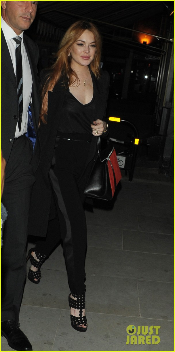rosie huntington whiteley suki waterhouse chiltern firehouse 09
