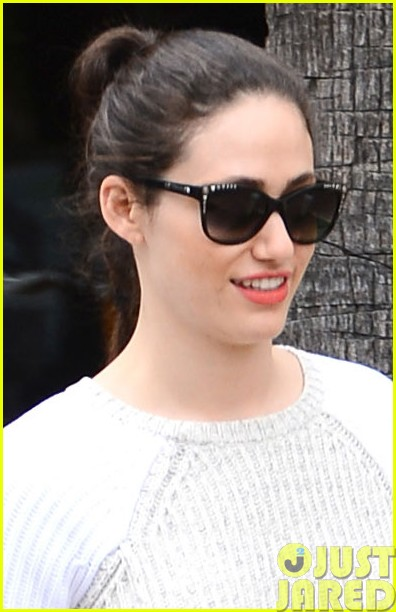 emmy rossum has a blast with michael buble on their flight013121306