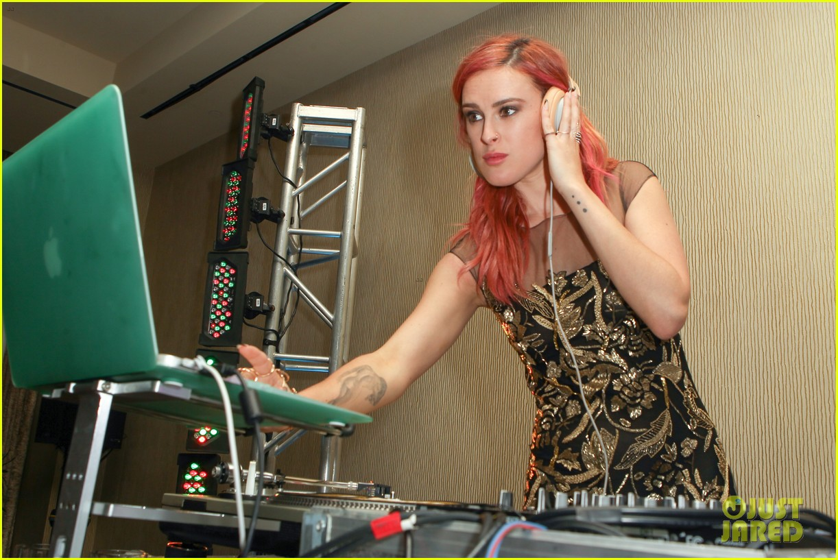 rumer willis maia mitchell evening with women event 03