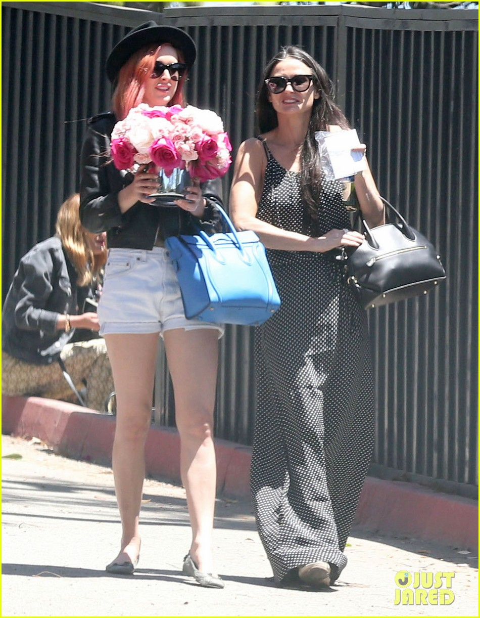rumer tallulah willis celebrate mothers day with mom demi moore 053111304