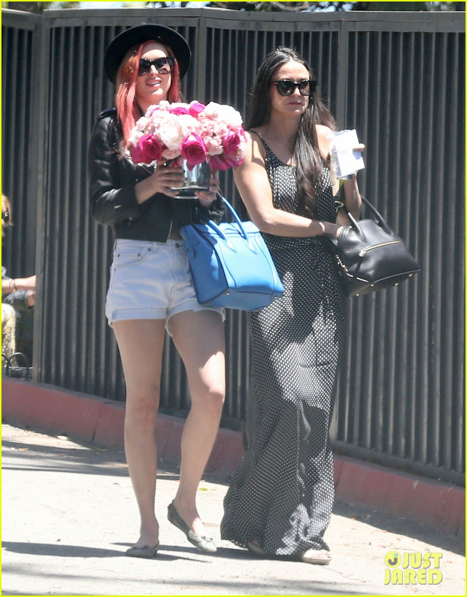 rumer tallulah willis celebrate mothers day with mom demi moore 063111305