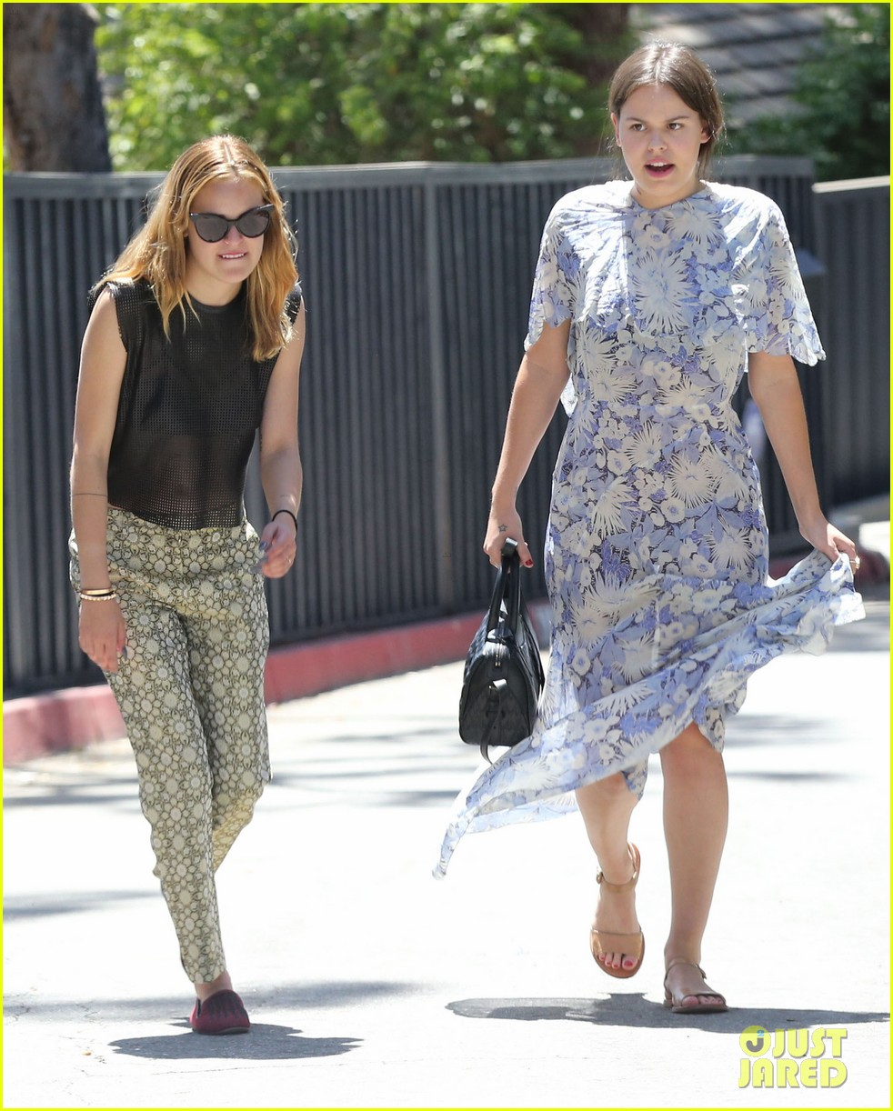 rumer tallulah willis celebrate mothers day with mom demi moore 113111310
