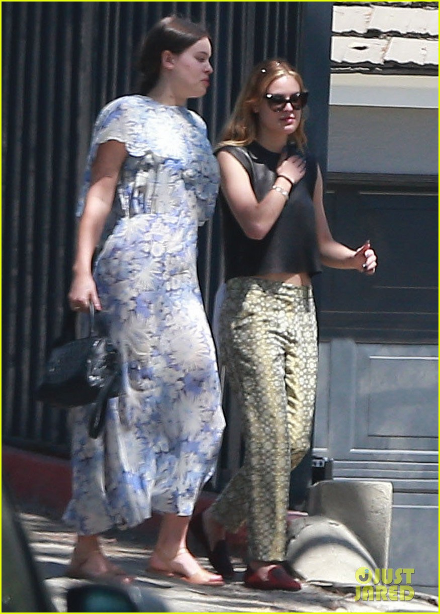rumer tallulah willis celebrate mothers day with mom demi moore 123111311