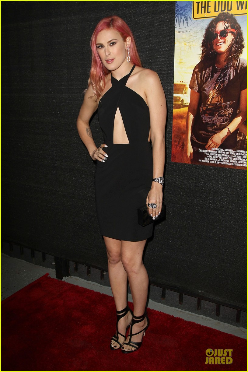 rumer willis odd way premiere 053125103