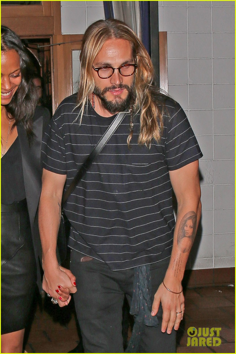 zoe saldana cannot contain her giggles out with marco perego 033105235