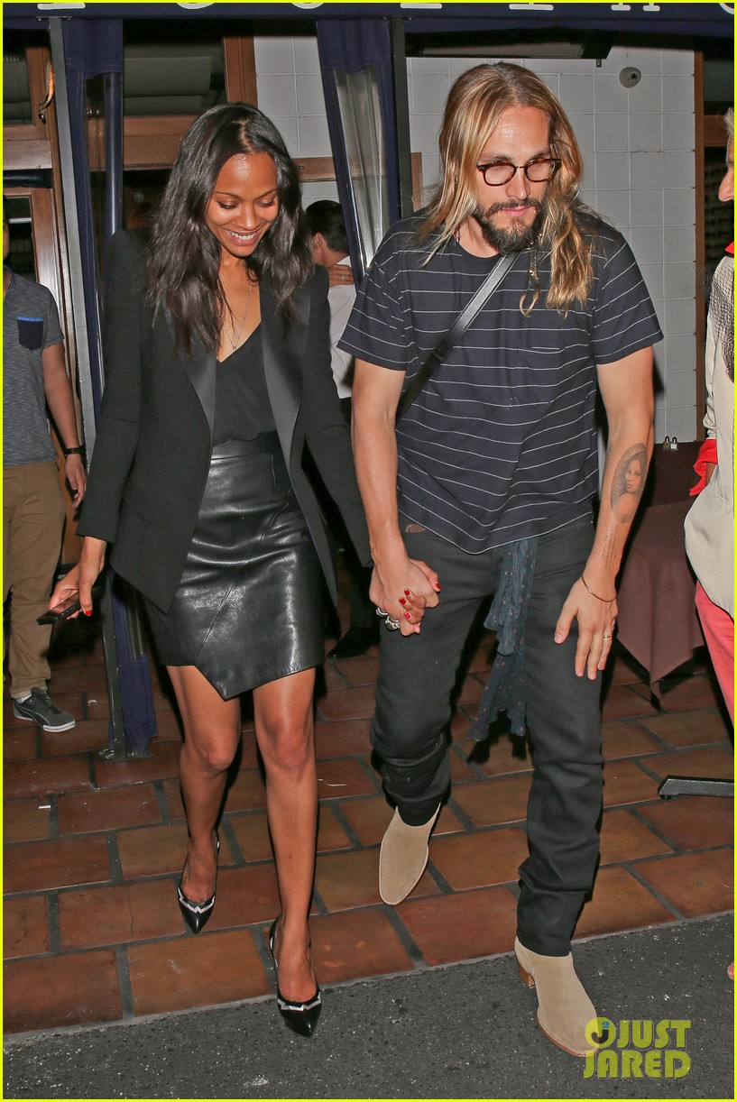 zoe saldana cannot contain her giggles out with marco perego 113105243