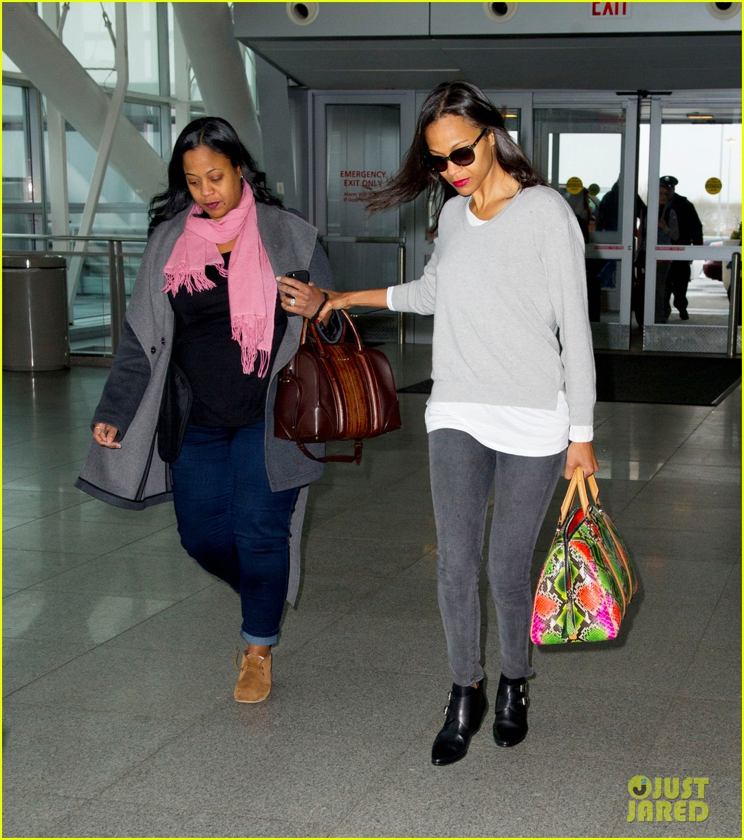 zoe saldana hopes her webseries will inspire people to be thankful 013103025