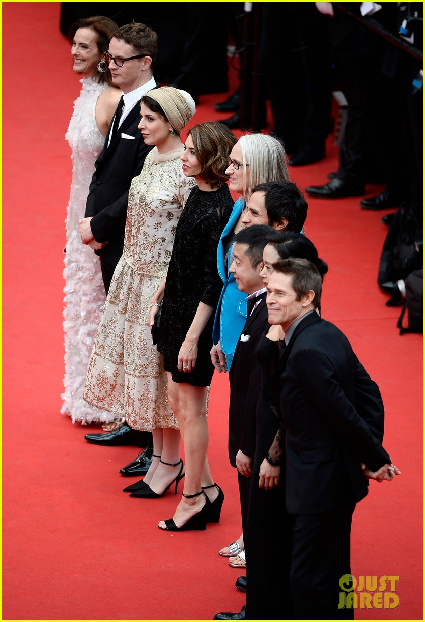 zoe saldana ziyi zhang epitomize class at cannes opening ceremony 043113208