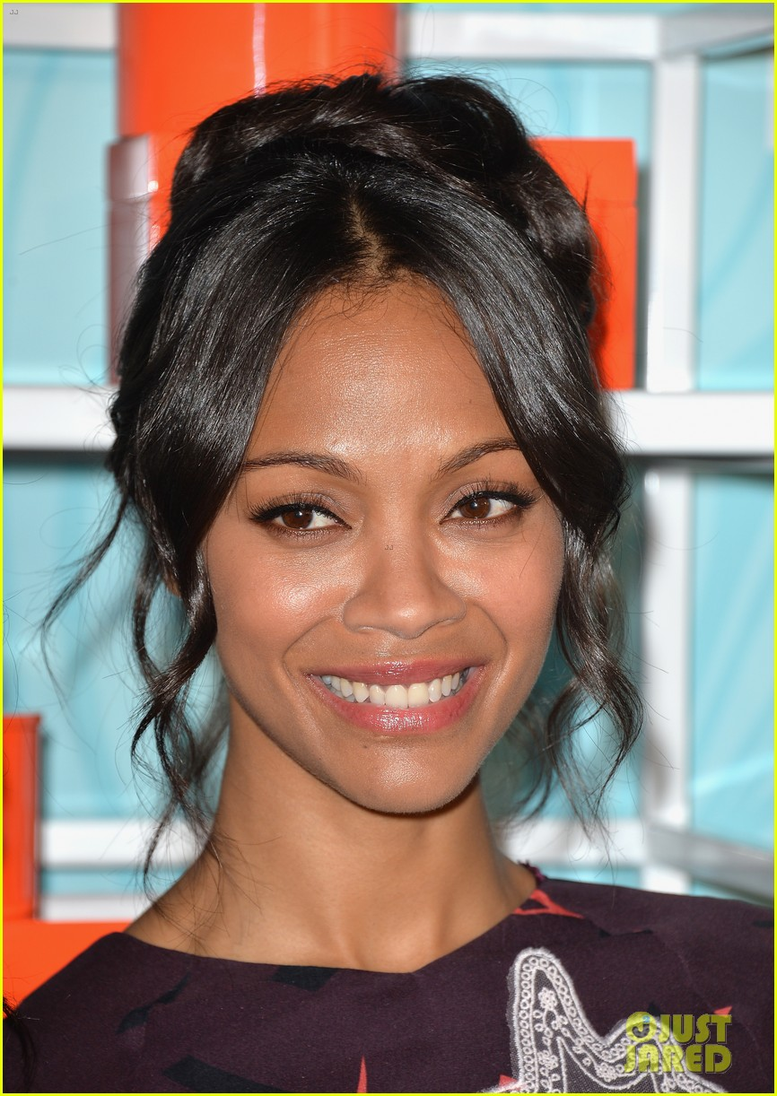 zoe saldana honored at the step up inspiration awards 133124937
