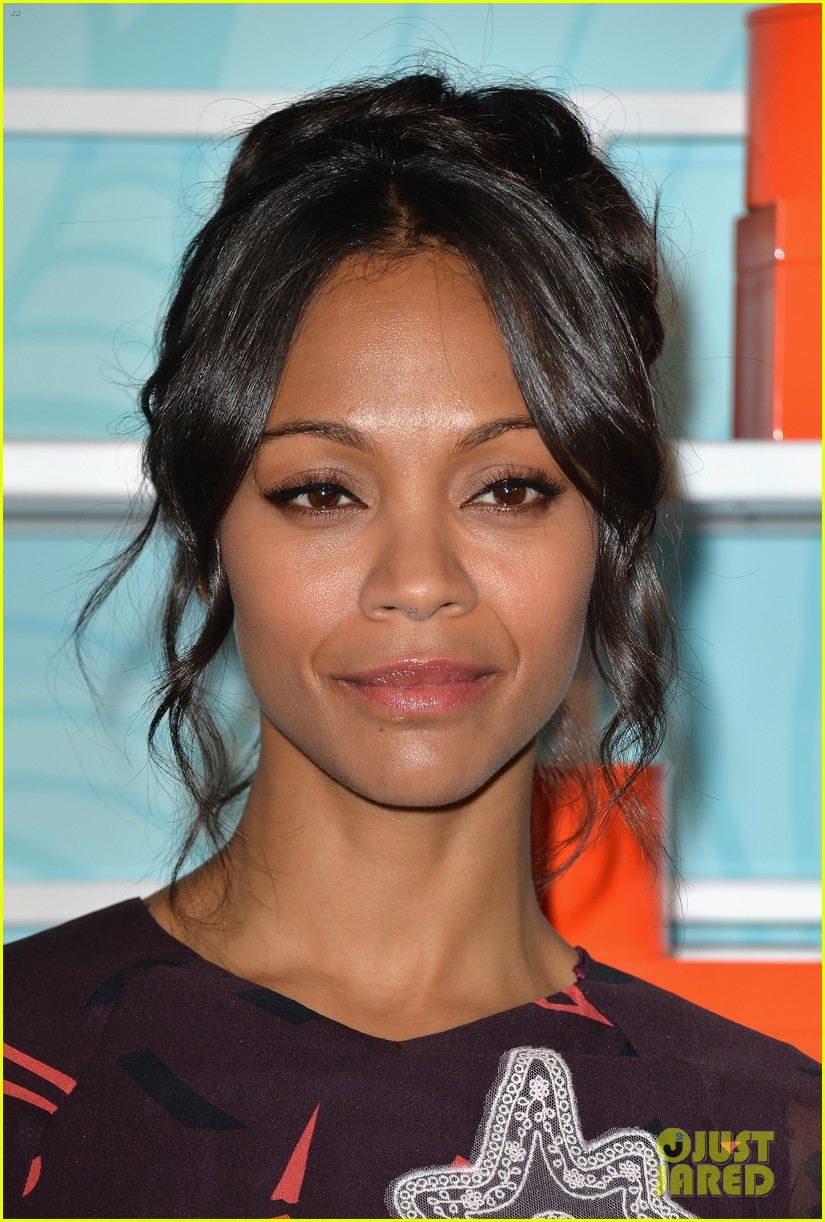 zoe saldana honored at the step up inspiration awards 143124938