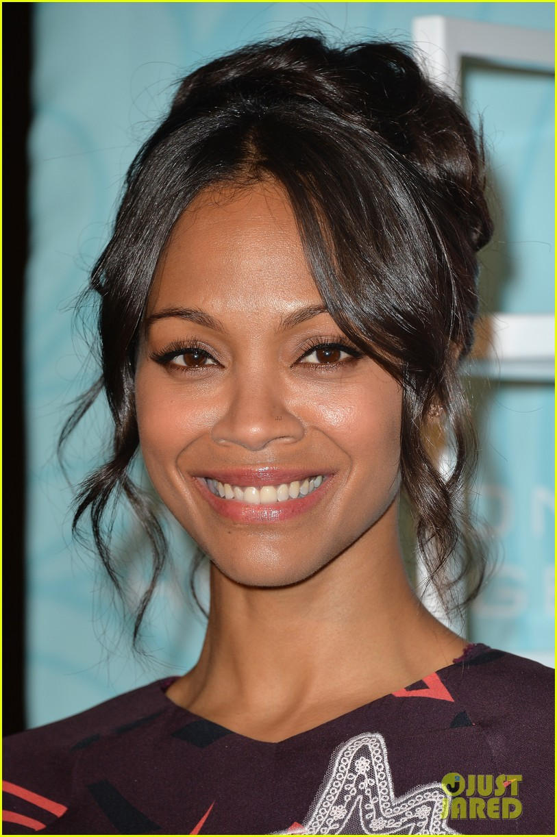 zoe saldana honored at the step up inspiration awards 15