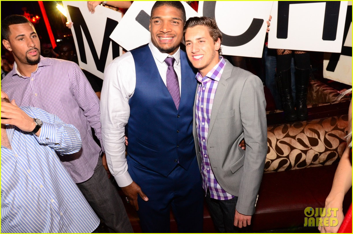 michael sam boyfriend vito party in vegas after nfl draft 063111477