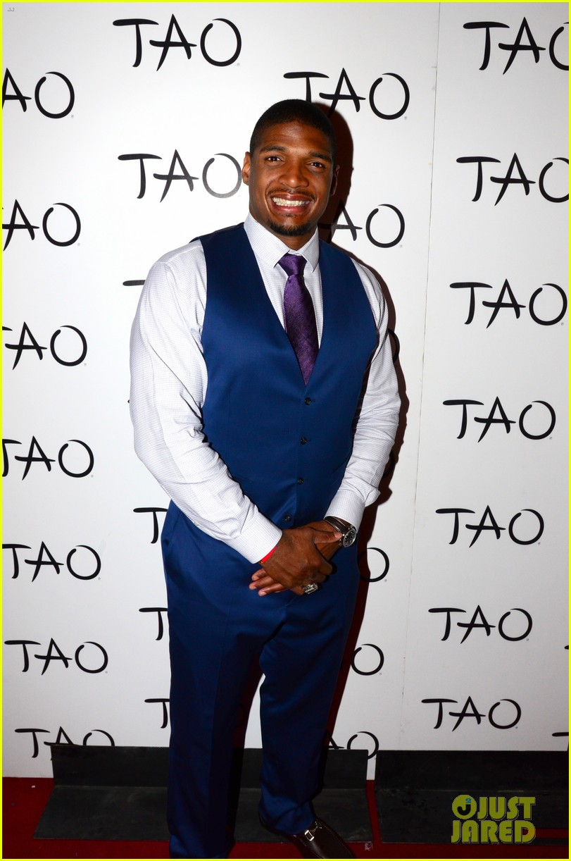 michael sam boyfriend vito party in vegas after nfl draft 073111478