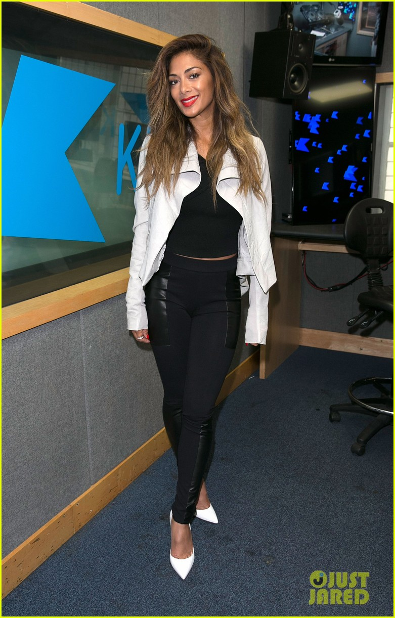 nicole scherzinger visits kiss fm to premiere new single your love 063123718