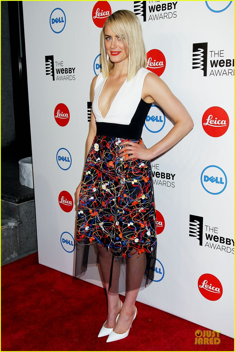 taylor schilling actress of the year at webby awards 063117810