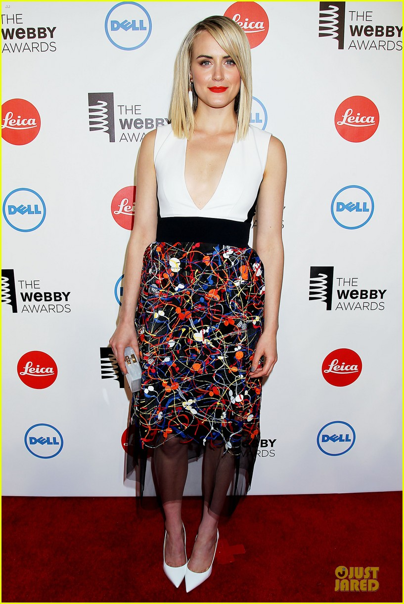 taylor schilling actress of the year at webby awards 083117812