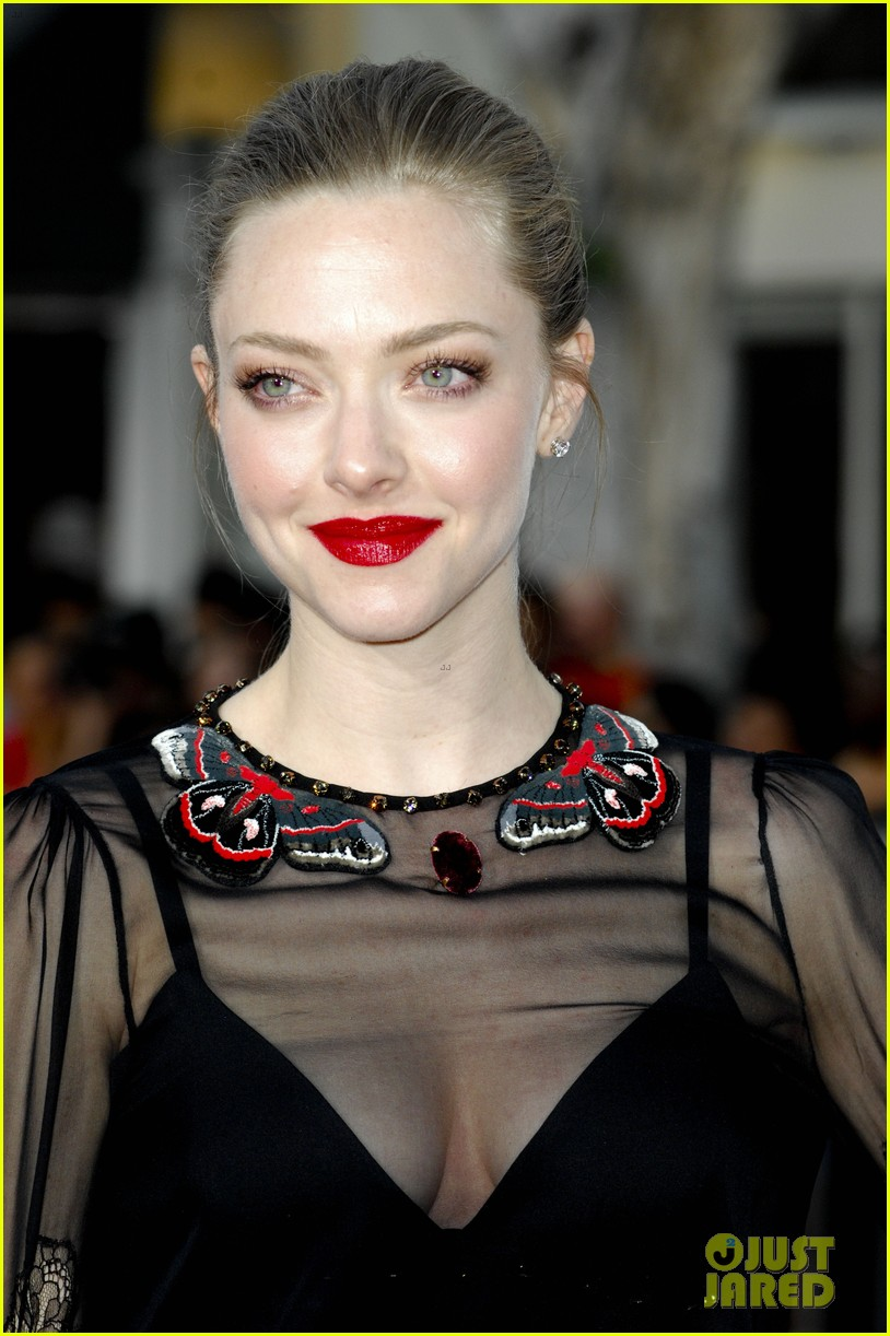 amanda seyfried million ways to die in the west premiere 113114786