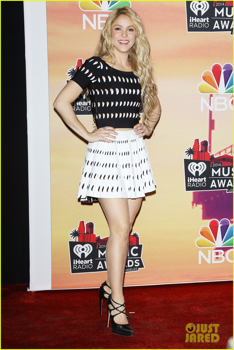 shakira iheartradio music awards 2014 033103518