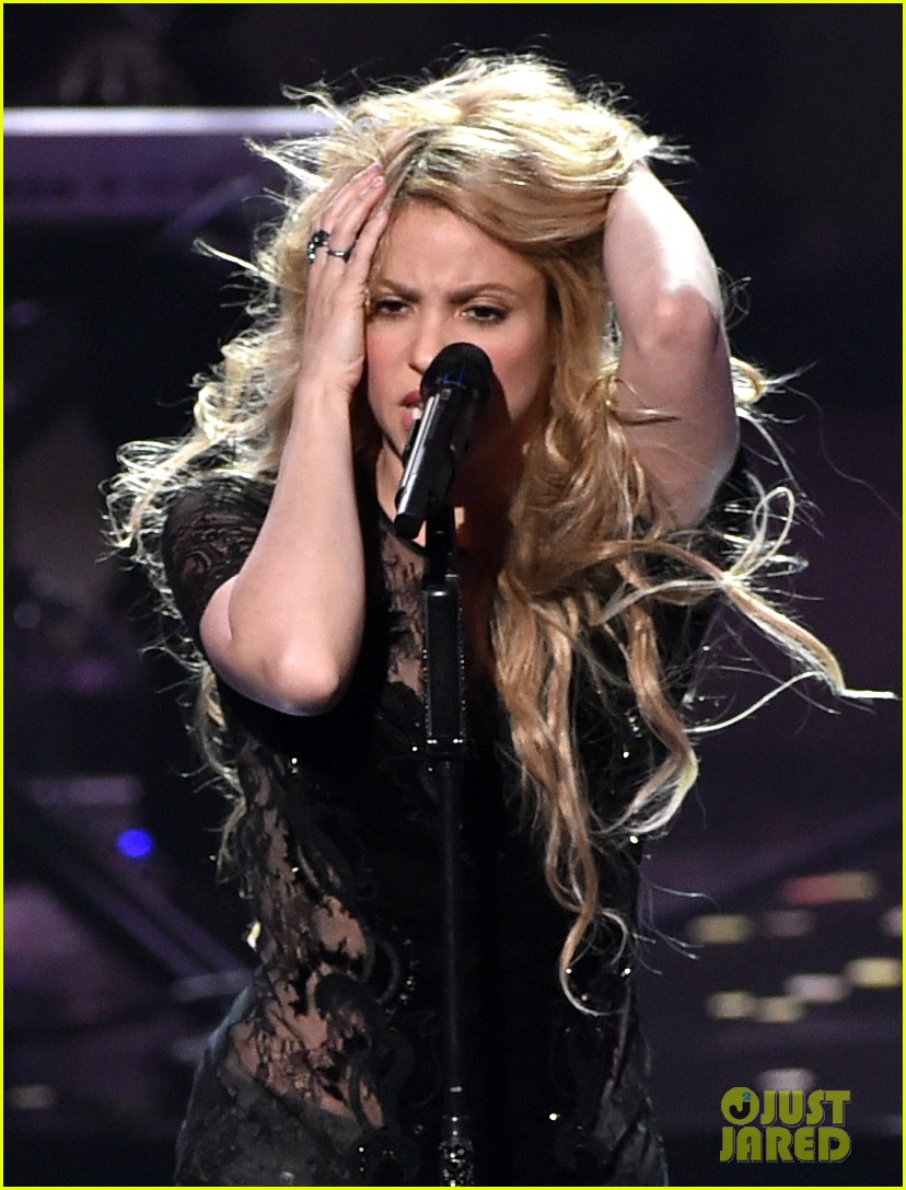 shakira iheartradio music awards 2014 113103526