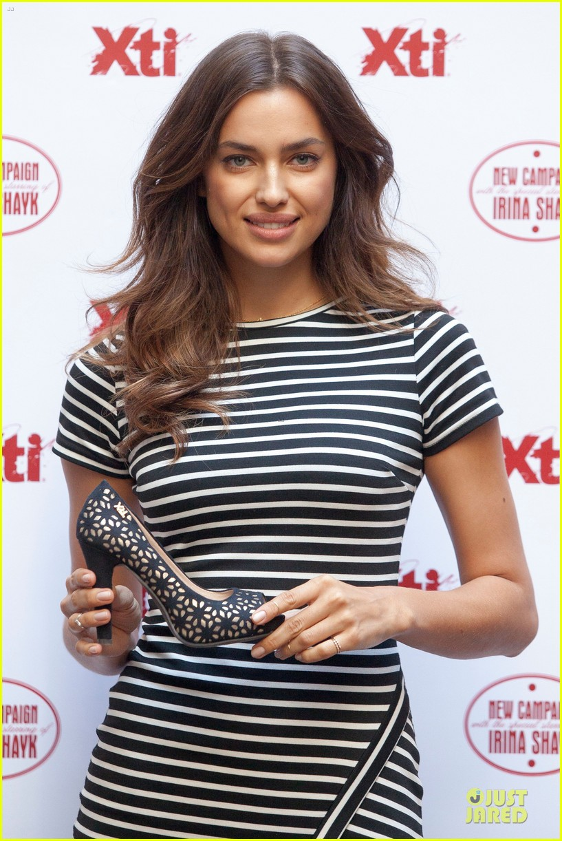 irina shayk stripingly amazing shoes 173109847