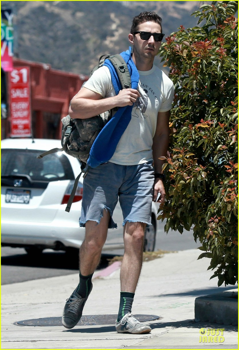 shia labeouf shaves off beard see pics 03