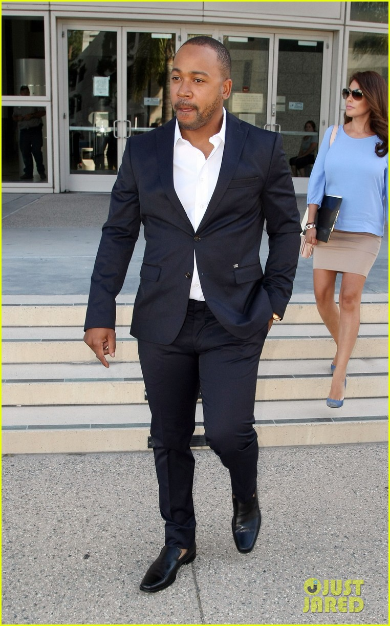 columbus short pleads not guilty to felony battery 053114191