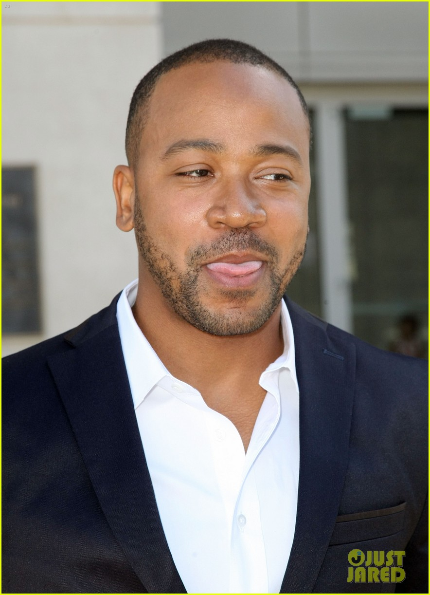 columbus short pleads not guilty to felony battery 103114196